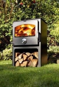 Newton stoves 8kw on plinth